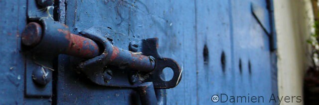 WordPress 3.5.2 protects your site like a good lock