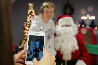 cameraphone-with-santa